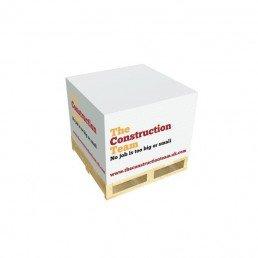 Fabriqué en France à partir de papier recyclé ou certifié, ce bloc papier sur palette en bois est disponible en différents formats et personnalisé pour vous