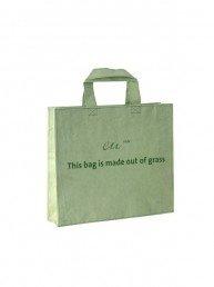sac shopping en herbe